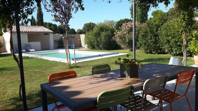 Photo for Beautiful villa of 145m² with pool near the historic center of Sommières