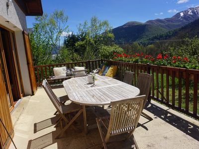 Photo for Charming cottage and views of the mountains