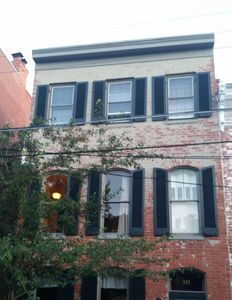 """Photo for """"Historic Remodeled 3 br/ 2 ba Downtown Frederick Home Furnished"""""""