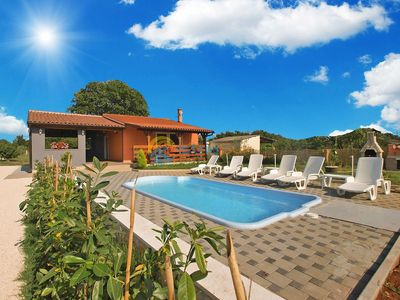 Photo for House 1698/17564 (Istria - Pula), Family holiday, 4500m from the beach