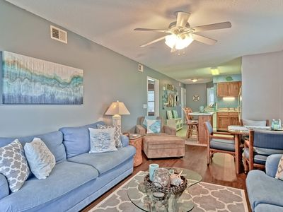 Photo for Beautiful Condo just steps from oceanfront pool and beach!