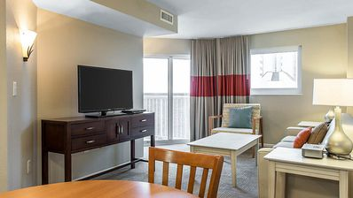 Photo for Beautifully appointed unit in Shorecrest Resort + FREE DAILY ACTIVITIES!