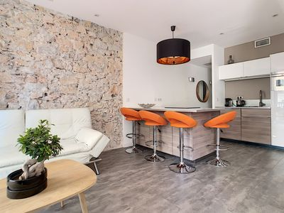 Photo for Luxury 2-bedroom apartment close to Palais, beaches, Croisette and Rue d'Antibes