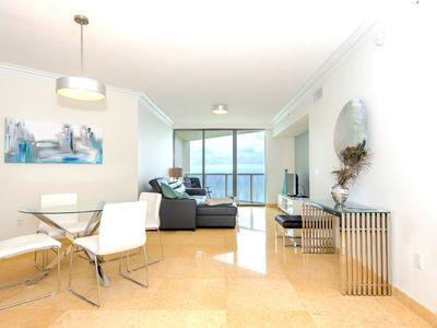 Photo for Direct Ocean-Front at La Perla Condo