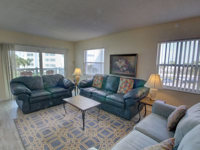 Photo for 2BR / 2BA - End unit with panoramic views