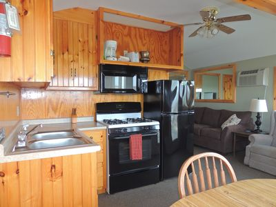 Photo for Cozy waterview 2 bedroom cottage #6