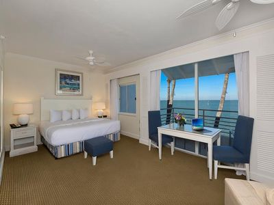2 Bedroom guest room have king bed and 2 twin beds (configuration of rooms and views will vary).
