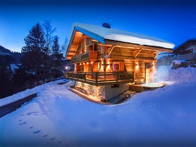 Photo for Great skiing just a walk away from this 4 star ski chalet - SnowLodge