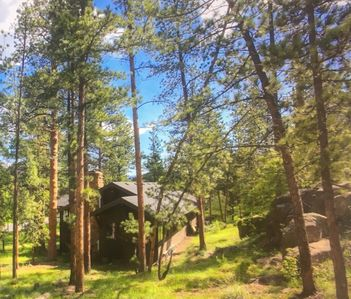 Photo for PRIVATE-MTN / RIVER VIEWS, WALK TO TOWN, 1.5  AC, HOT TUB-Whispering Pines