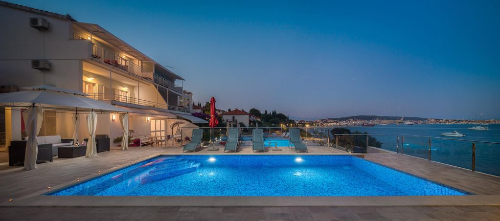 Spectacular New 2011 Beach Apartment Special Price From 7 To 13 Octo Seget Vranjica