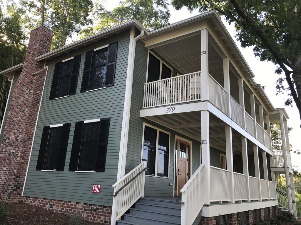 Historic Property In Charlotte St Innovation District