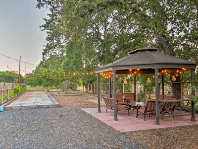 Photo for Main house of beautiful gated winemakers estate, 1 mile to Sonoma Town Square