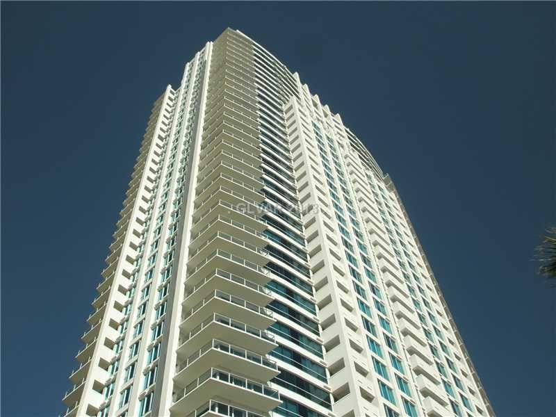 Luxury Strip Condo (Up To 6 Guests) - Call For Best Price