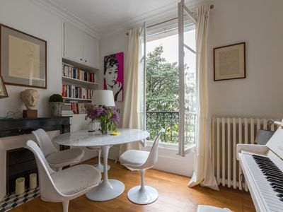 Photo for Bright & stylish 2BR home near the Arc de Triomphe, sleeps 4 (Veeve)