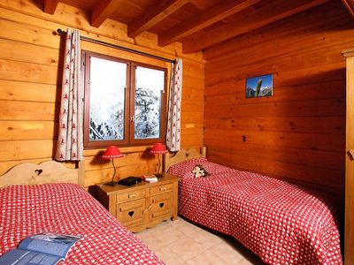 Photo for Chalet Odalys Le Ponton **** - 6 Rooms Chalet 12 People