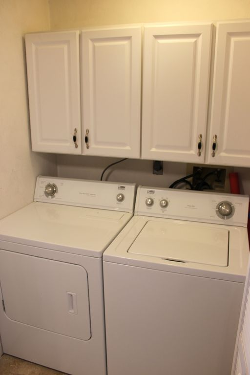 Washer/Dryer And Storage Cabinets