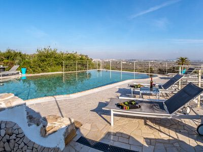 Photo for Villa with private pool in the heart of salento