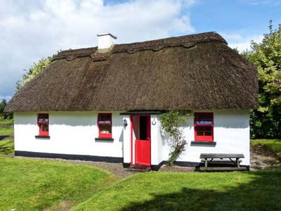 Photo for NO. 7 TIPPERARY THATCHED COTTAGES in Puckane, County Tipperary, Ref 915742