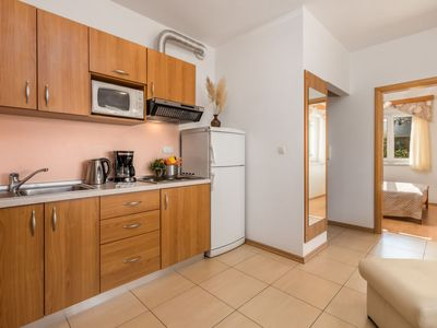 Photo for Apartment Mare 5 in Rab/Kampor - 6 persons, 2 bedrooms