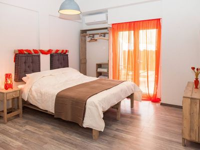 Photo for Charming apartment for two in the heart of Athens!