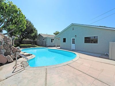 Beautiful Private Large 2 Bedroom Guest House With Pool