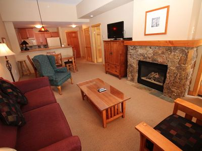 Photo for . Side Slopeview, Center Village, Spacious 1st Floor Unit.