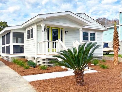 Photo for 111 Carolina| Recently Renovated | Short walk to Isle of Palms beach | Fresh & Beachy Cottage!