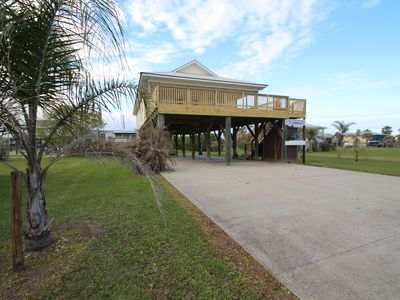 Photo for Cajun Yacht Club has a gulf view in Grand Isle