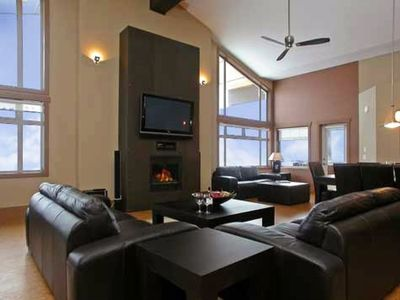 Photo for Stunning 4 Bedroom Penthouse (Sleeps 12) Luxury Ski-in/Ski-out Accommodation