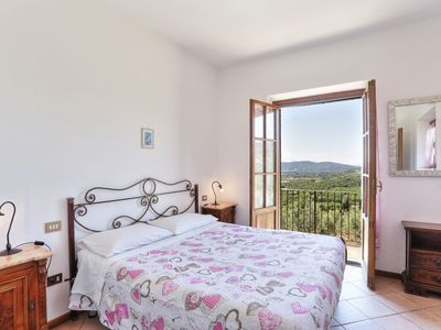 Photo for 2BR House Vacation Rental in Cennina, Toscana