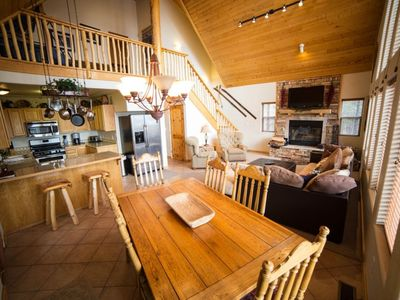 Photo for Valley View Cabin AF/ New Hot Tub, 1/2 mile from Ski Slopes!