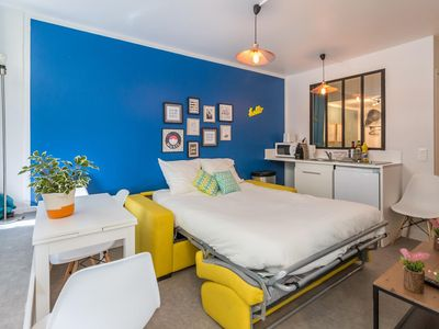 Photo for Montmartre - Sacré Coeur : Lovely flat for 4