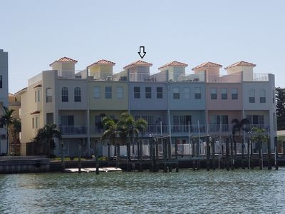 Townhome on the water with Private Entrance, 3 King Beds - NOT a high rise Condo