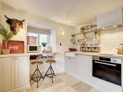 Photo for 3 Copper Kettle - Two Bedroom Apartment, Sleeps 4