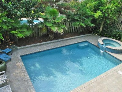Large In-Ground Pool And Jacuzzi