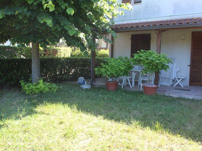 Photo for Three-room apartment with private garden and patio, near the sea