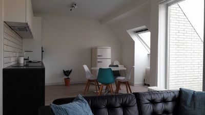 Photo for Cozy and bright apartment in residential area (+ garage)