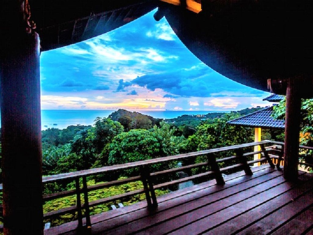The great escape villa with sea view and 13m infinity pool for Escape cabins koh lanta