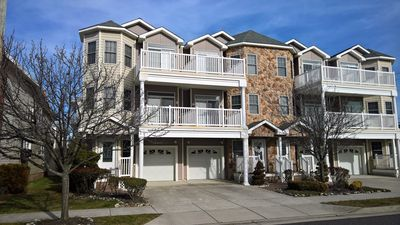 Photo for 4 BR, Upscale, 3 story Townhome with Beach Views