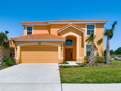 Photo for 6 BED/4 BATH, SLEEPS 14, GATED RESORT, 15MINS TO DISNEY, GAMES ROOM