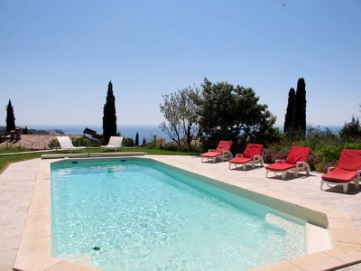 Photo for Vacation home in Sanary - sur - Mer, Côte d'Azur - 8 persons, 4 bedrooms
