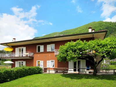 Photo for 4 bedroom Villa, sleeps 12 in Rocca d'Anfo with WiFi