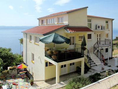 Photo for Apartment Ana (OMI109) in Omiš - 8 persons, 3 bedrooms