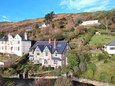 Photo for Spectacular 6 Bedroom Semi-Detached Edwardian Property With Stunning Sea Views.