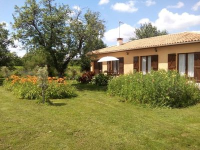 Photo for Gite Pujols, 2 bedrooms, 4 persons