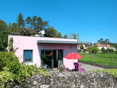 Photo for Laje Holiday Home, Sleeps 4 with Air Con