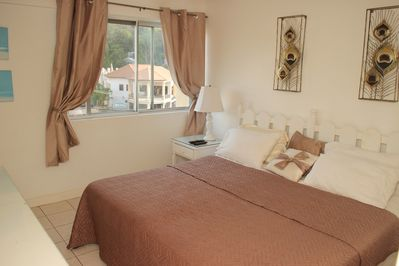 ONE BEDROOM.. can also be presented as 2 single beds