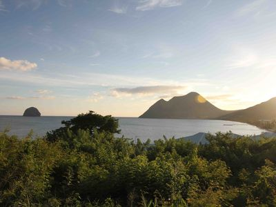 Photo for Beautiful beach studio Diamond direct access sea view on Rock and Saint Lucia