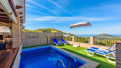 Photo for Holiday home for a family with spectacular sea views in Competa
