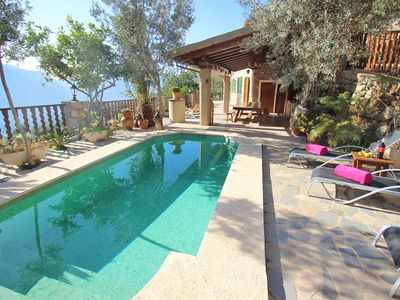 Photo for Secluded Villa with Wi-Fi, Pool, Garden and Panoramic Mountain View